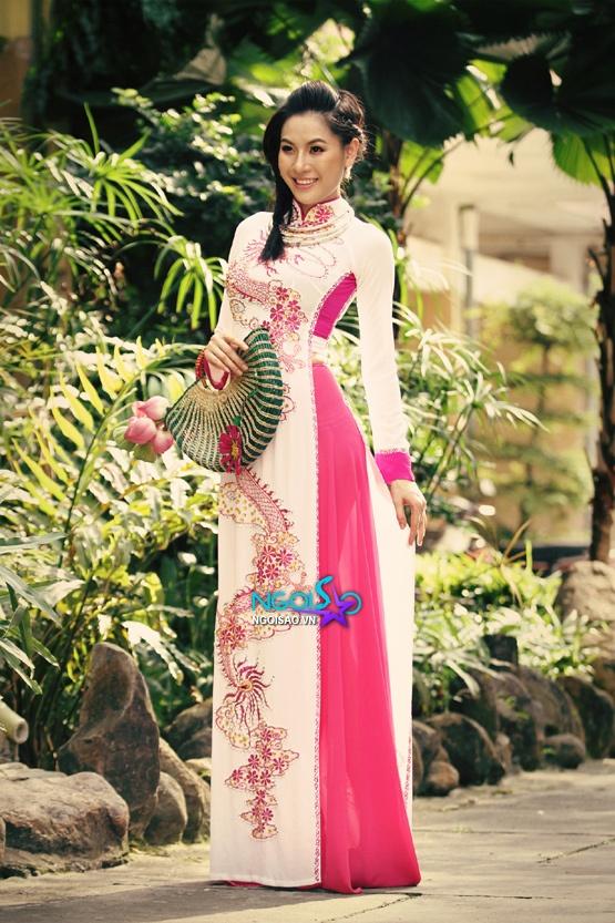 Bí quyết chọn áo dài cưới cho cô dâu gầy 07