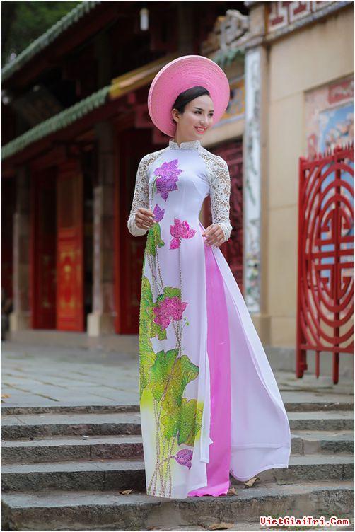 áo dài họa tiết hoa sen đẹp 01