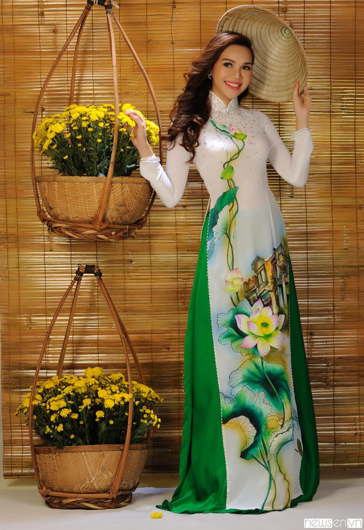Áo dài cưới họa tiết hoa sen 09