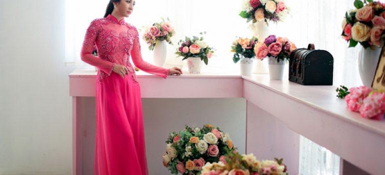 Áo dài cưới hồng trẻ trung 01