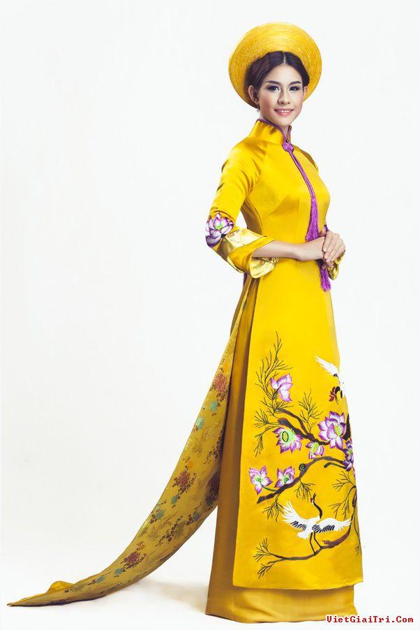 Áo dài cưới màu vàng 01