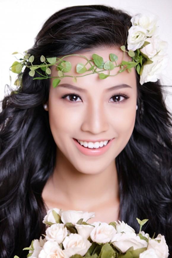 Kiểu tóc cô dâu đẹp tự nhiên 05