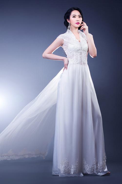 áo dài trắng lộng lẫy 02