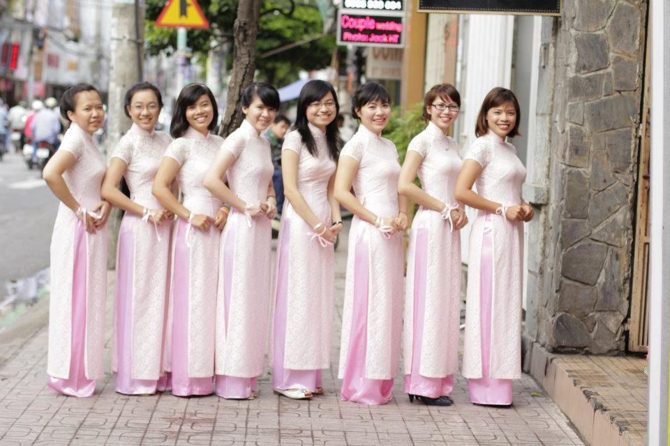 Giới thiệu về áo dài Hạnh - Dịch vụ cho thuê áo dài