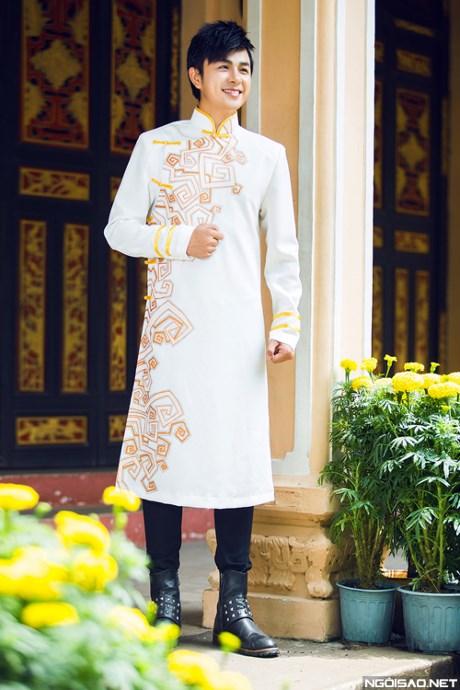 Áo dài chú rể trắng 02