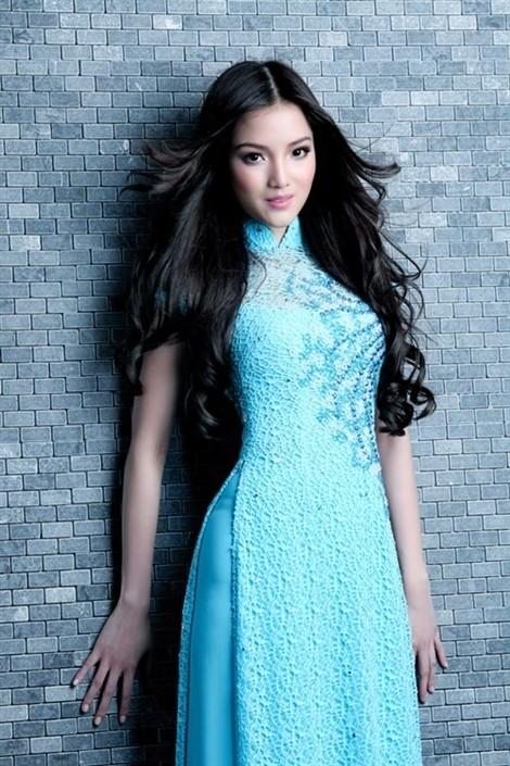 Áo dài cô dâu xanh dương