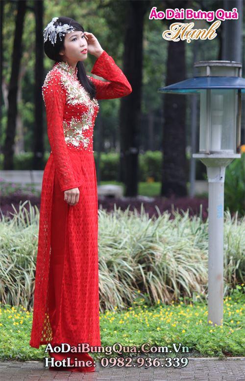 Áo dài cưới đỏ trong lễ đính hôn 03