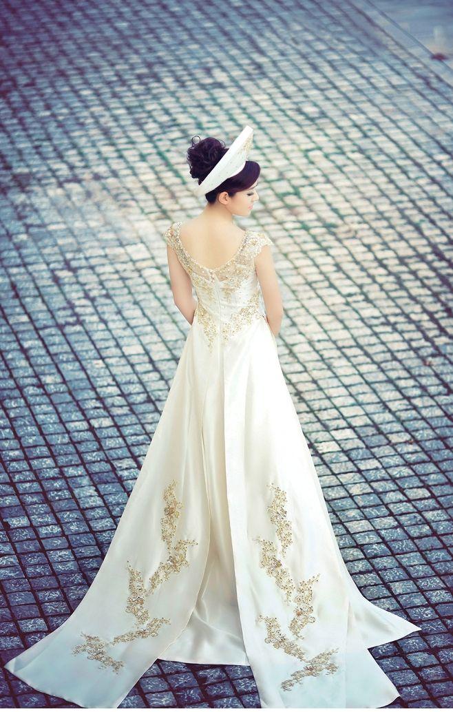 Áo dài cưới màu trắng 03