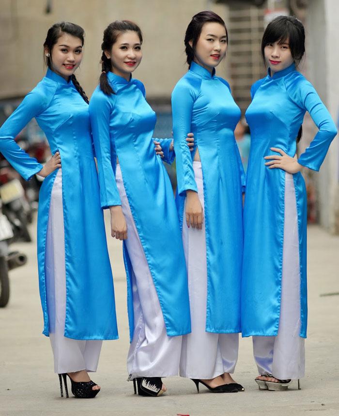 áo dài khánh tiết