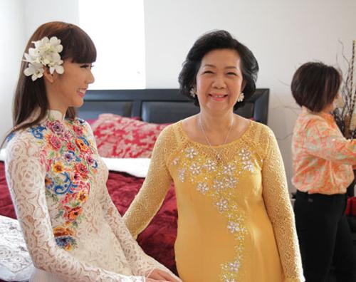 Các mẹ đẹp hơn trong ngày cưới