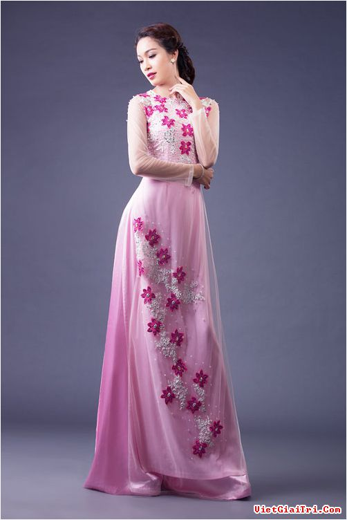 Áo dài cưới hồng trẻ trung 07