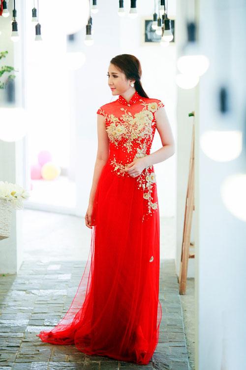 Bí quyết chọn áo dài cưới cho cô dâu gầy 02