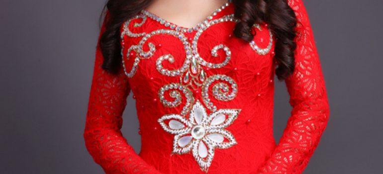 Áo dài cho cô dâu vai ngang