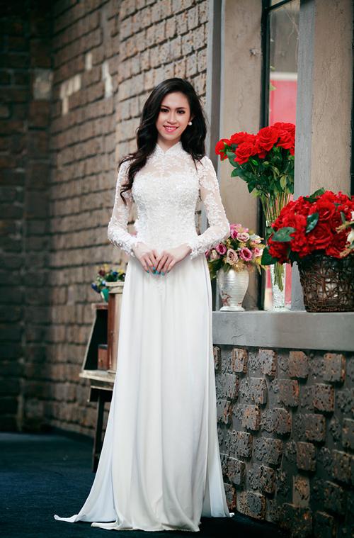 Áo dài trắng đẹp long lanh cho cô dâu 07
