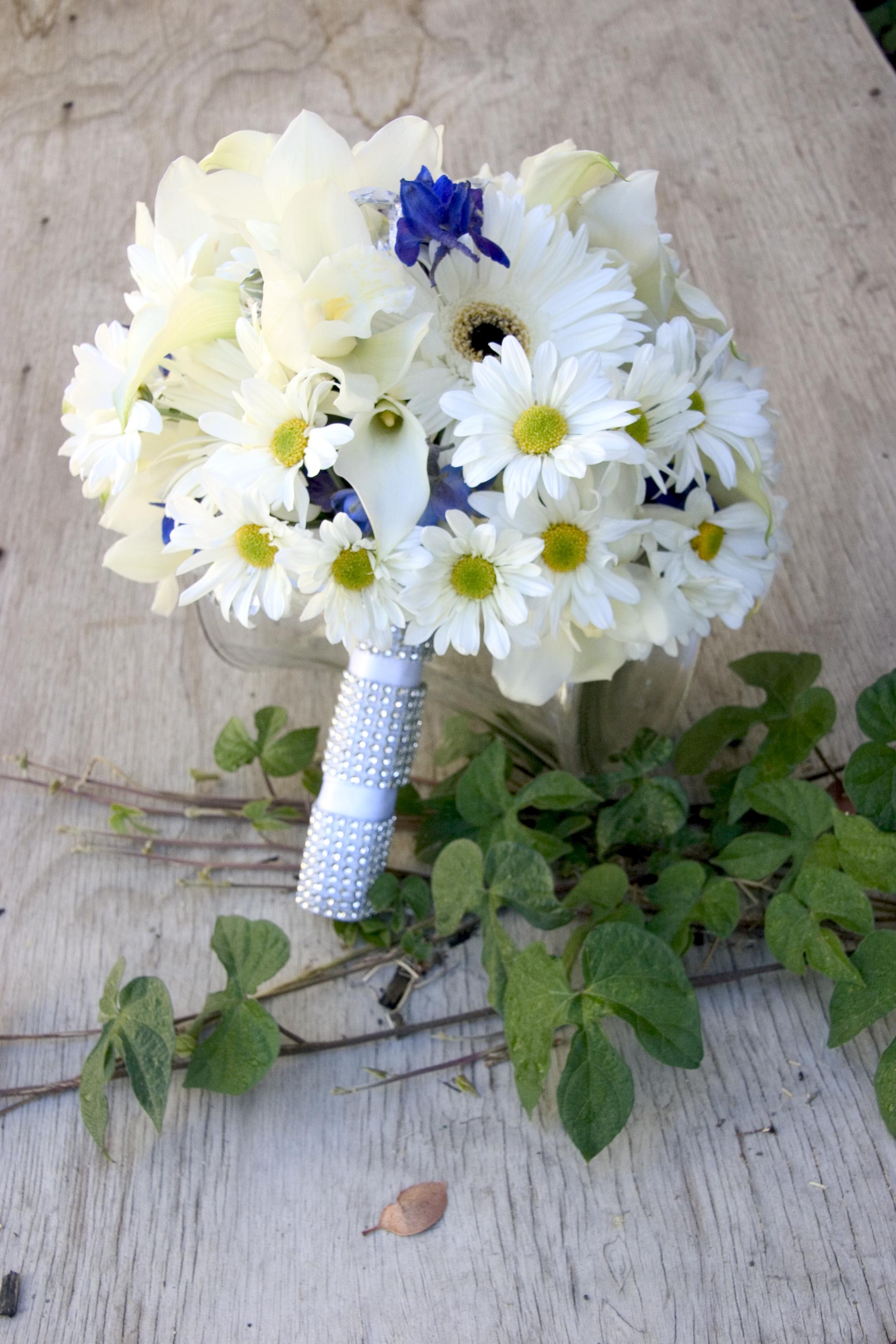 Hoa cưới cho cô dâu mùa xuân 05
