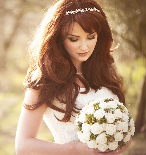 Kiểu tóc xoăn cho cô dâu 03