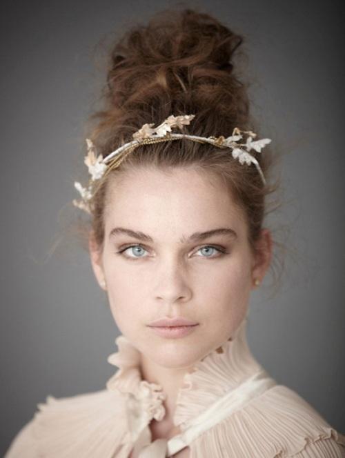 Kiểu tóc xoăn cho cô dâu 04