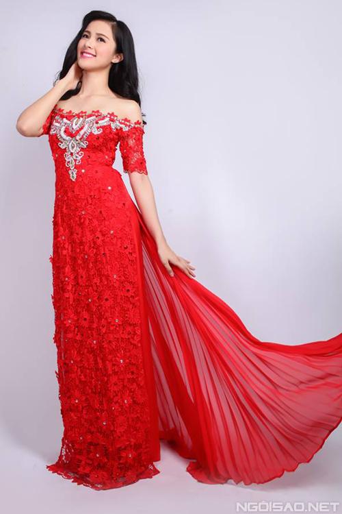 Mẫu áo dài cưới đỏ mới nhất 07