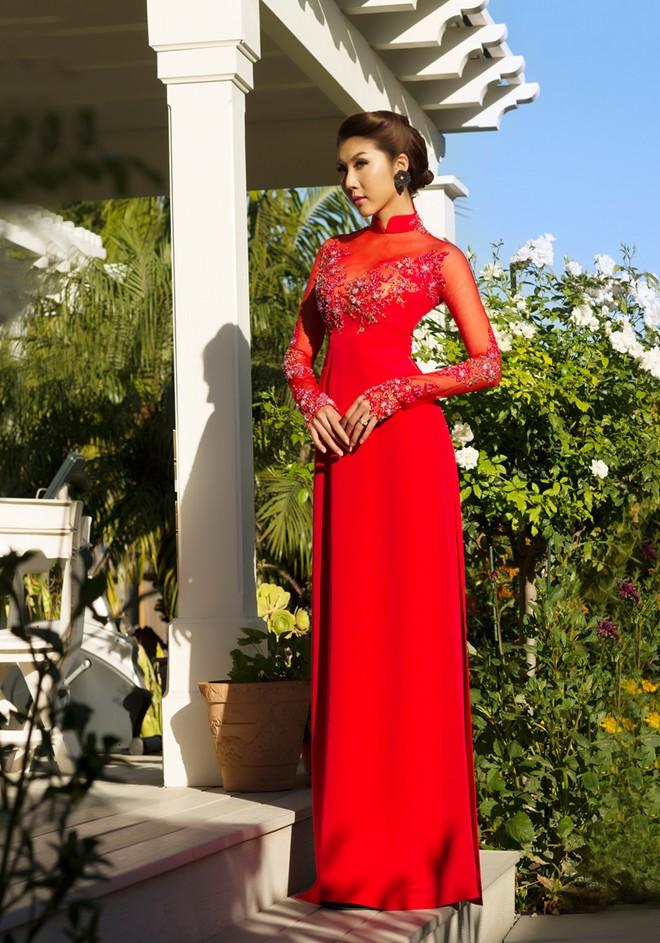 Mẫu áo dài cưới đỏ mới nhất 09