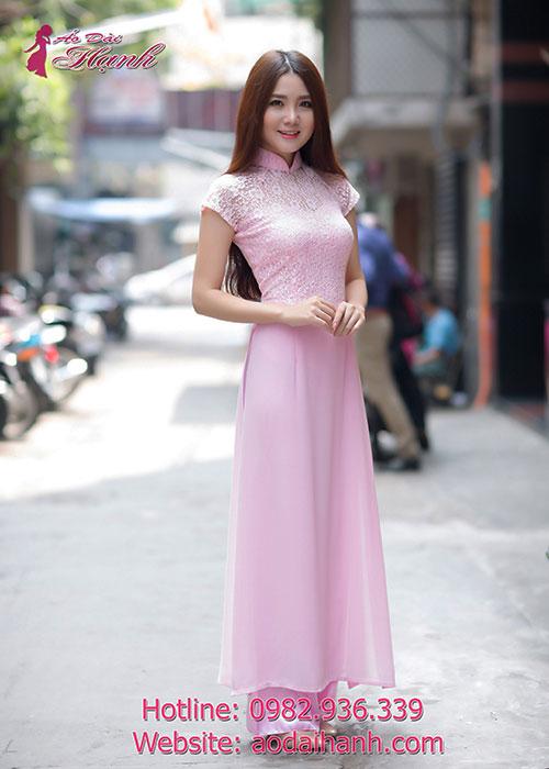 Áo dài hồng phấn chiffon phối ren