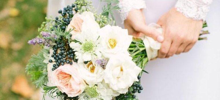 Thêm màu sắc với hoa cưới độc đáo