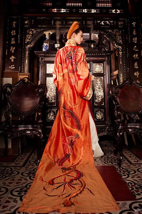 Áo dài cưới mang phong cách cung đình 09