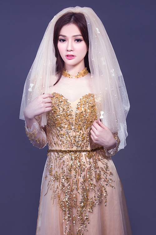 Áo dài cưới vàng ánh kim 02
