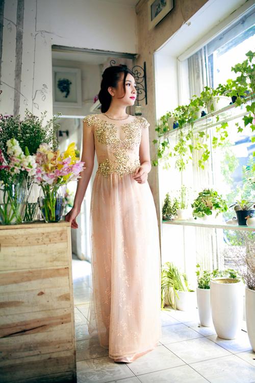 Áo dài cưới vàng ánh kim 08