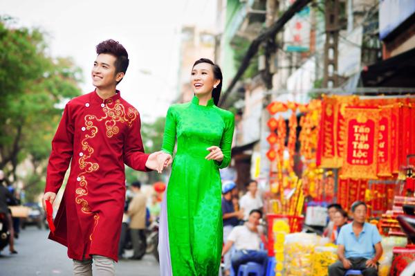 Áo dài cưới xanh lá đầy sức sống 06