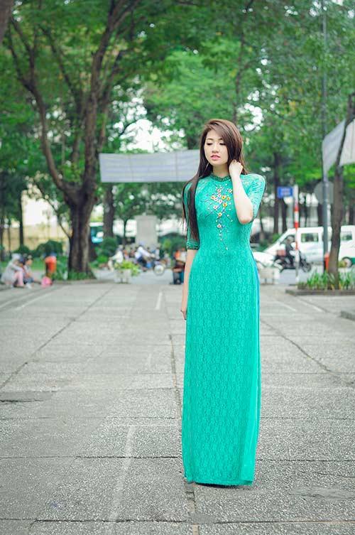 Áo dài xanh ngọc thanh nhã 05