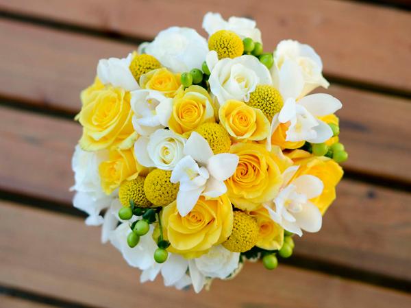 Hoa hồng cưới cầm tay 08