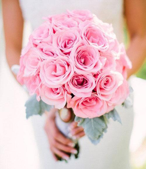 Hoa hồng cưới cầm tay 09
