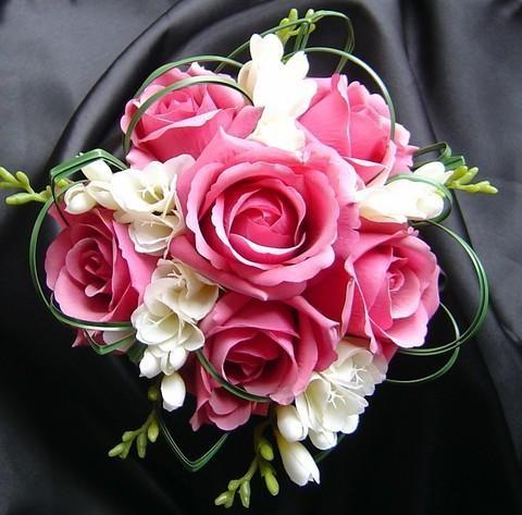 Hoa hồng cưới cầm tay 10