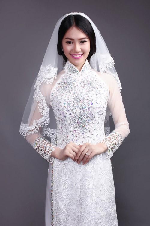 Áo dài trắng cho cô dâu 06