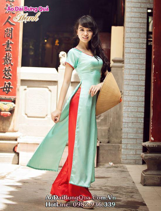 Áo dài lụa đơn sắc mà không đơn điệu 05