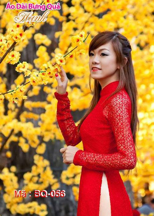 Áo dài đỏ tươi ren lưới cổ truyền thống tay dài cúp ngực