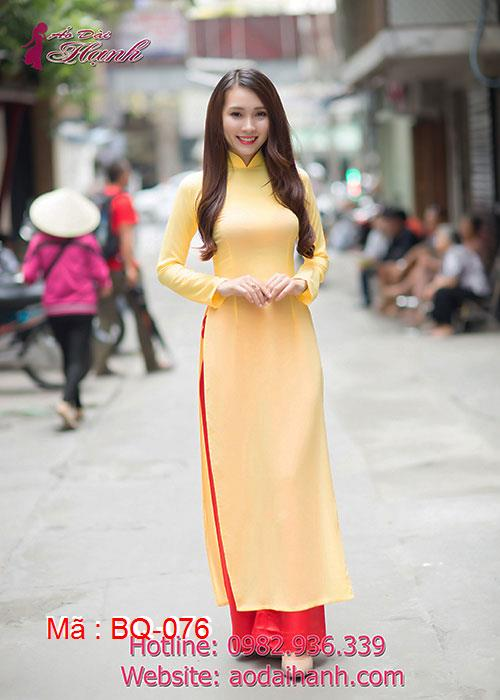 Áo dài vàng tươi chiffon trơn cổ truyền thống tay dài