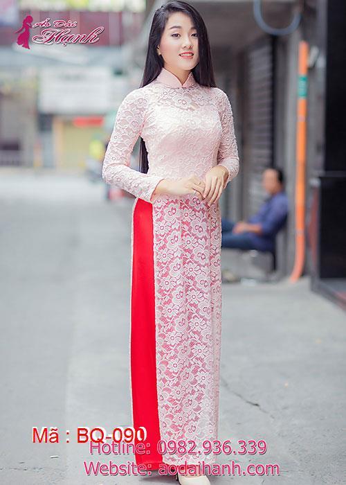 Áo dài hồng dâu ren hoa cổ truyền thống tay dài cúp ngực