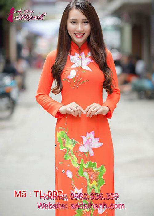 Áo dài cam chiffon hoa sen cổ truyền thống tay dài
