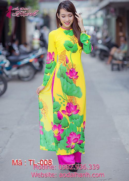 Áo dài vàng voan họa tiết hoa sen cổ tròn tay dài