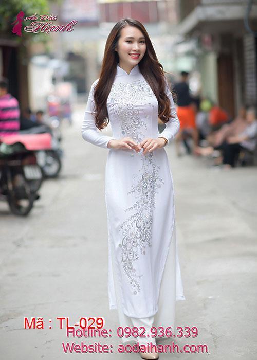 Áo dài trắng chiffon đính đá cổ truyền thống tay dài