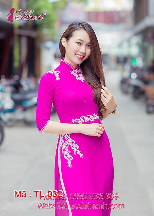 Áo dài hồng sen chiffon đắp ren cổ truyền thống tay lỡ