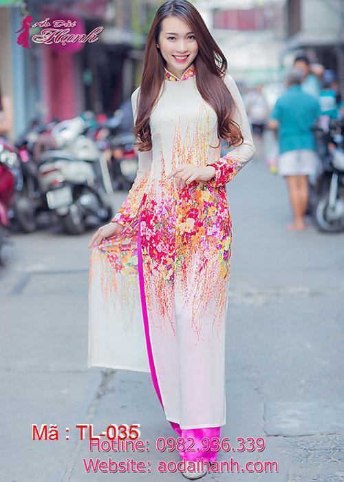 Áo dài trắng lụa hoa văn cổ truyền thống tay dài