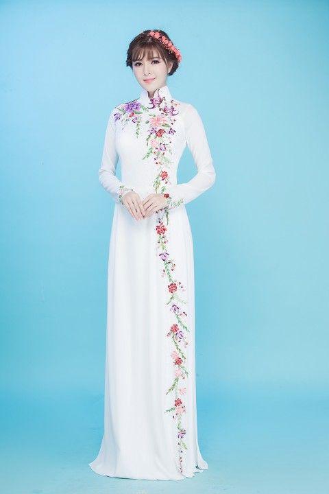áo dài lễ cưới không đội mấn