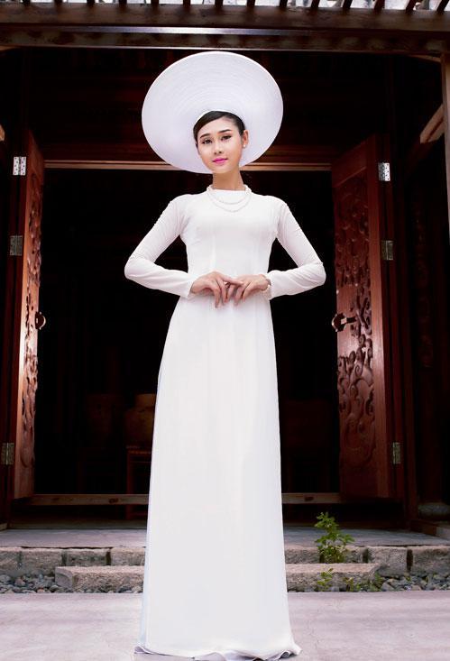 áo dài cưới truyền thống