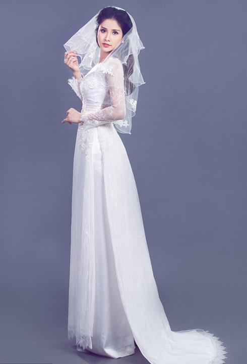 các mẫu áo dài màu trắng
