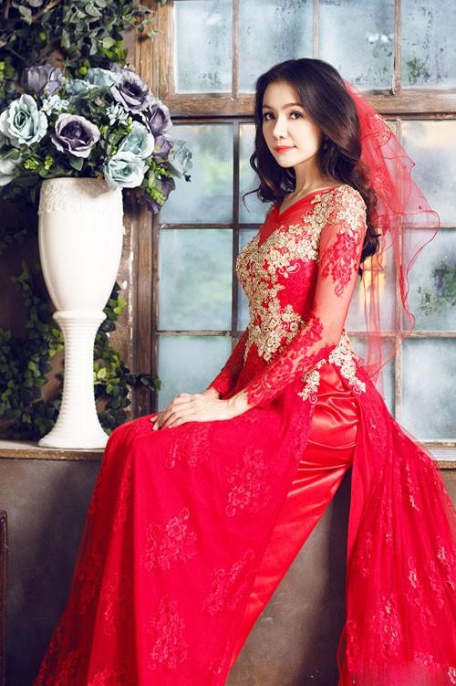 đồ cưới màu đỏ