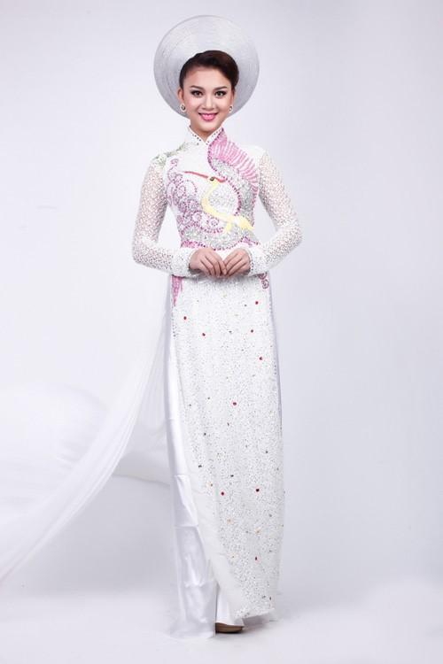 vải đính đá may áo dài cô dâu